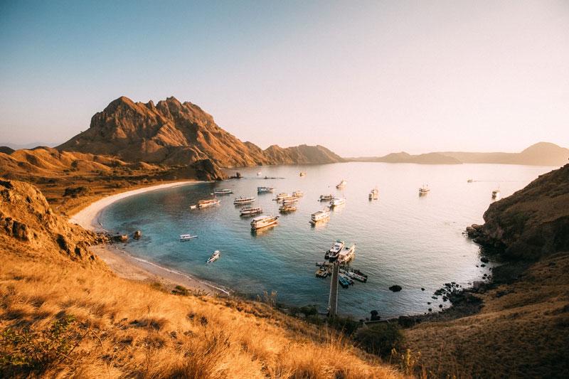 화이트 비치, 파다르섬에서는 총 3개의 해변을 내려다볼 수 있다