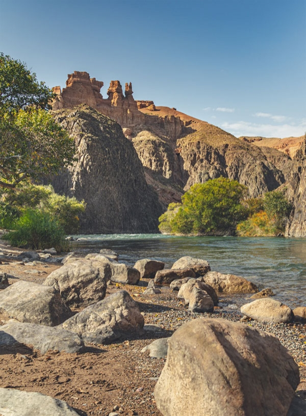 차린캐니언은 수천만 년간 이 일대를 흐르는 강이 깎아낸 절경이다
