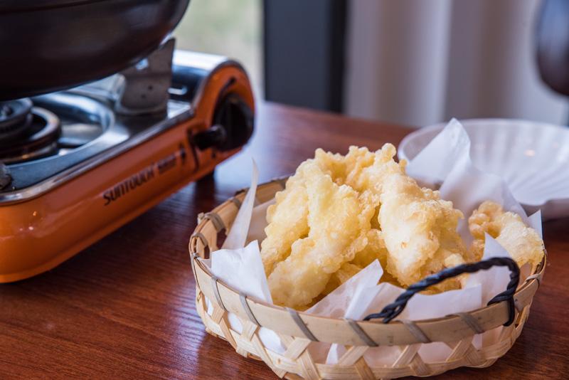 쫄깃, 바삭 한치튀김은 떡볶이와 함께 먹어야 꿀맛