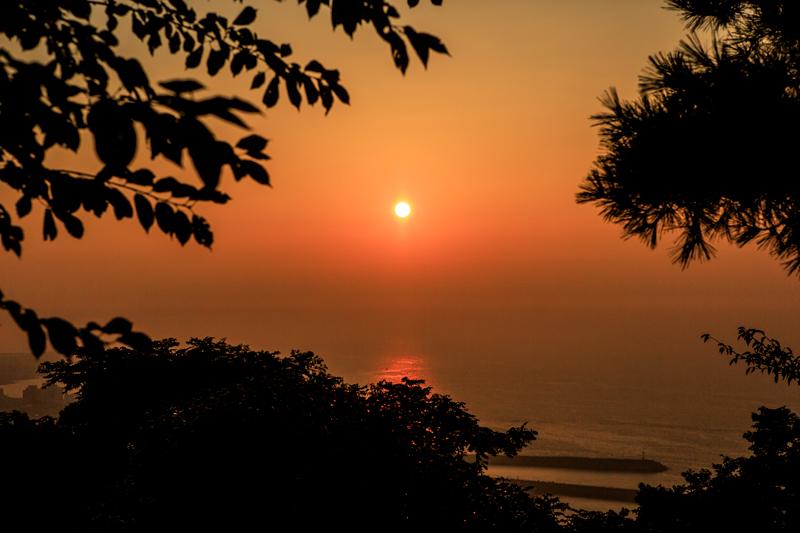 사라봉은 제주시 일몰 명소 가운데 하나다