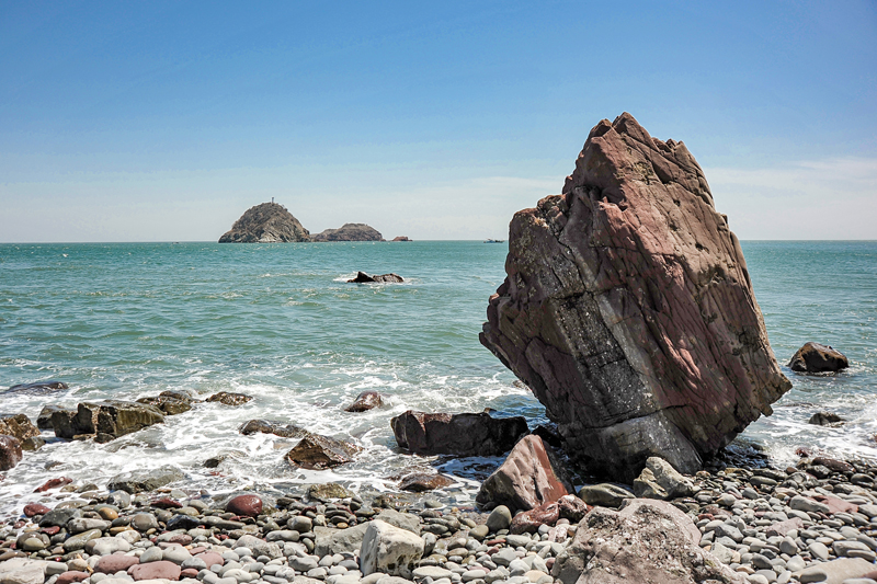기암괴석과 고래섬이 어우러진 외연도 북서해안길