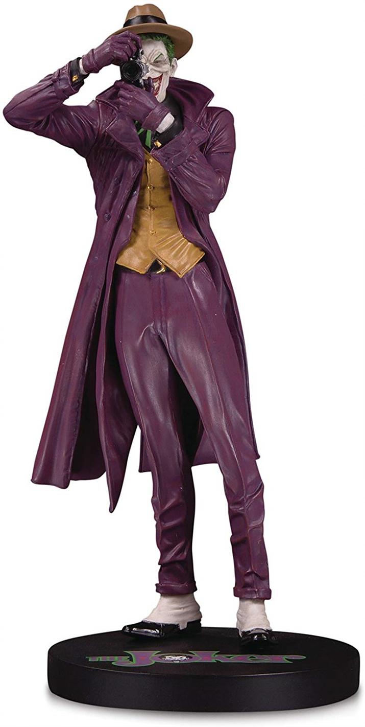 그래픽 노블 '배트맨: 더 킬링 조크'의 대표 이미지를 형상화한 스태츄 (사진출처: 아마존)