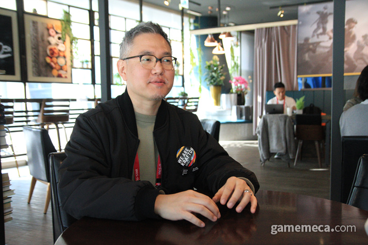 지스타 2019 크래프톤 부스를 연출한 조민형 브랜드 유닛장 (사진: 게임메카 촬영)