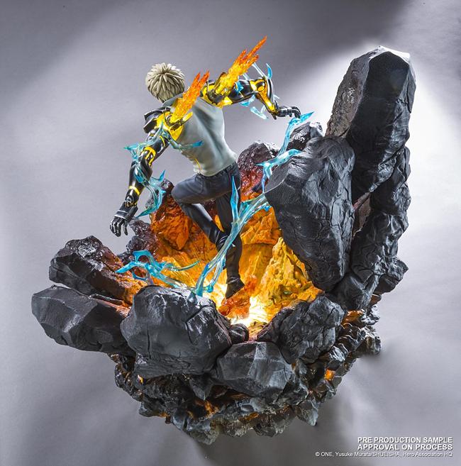 작중에서도 제노스는 강력한 영웅으로 묘사되고 있는데, 바위와 녹아흘러내리는 듯한 용암의 조형에서 그 강함이 느껴진다 (사진출처: Tsume art 홈페이지)