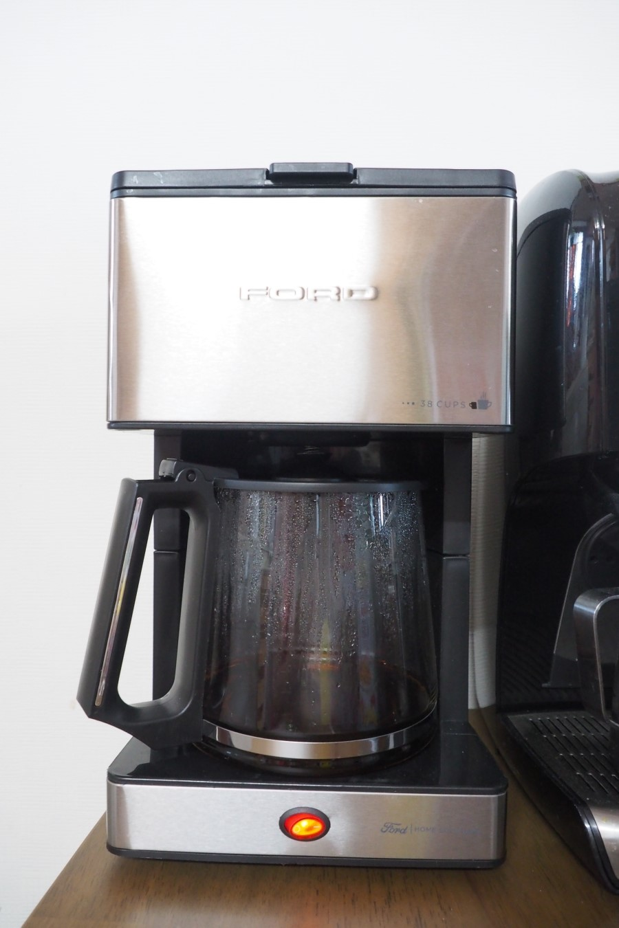 세련된 디자인의 포드 대용량 커피머...