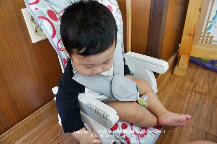 아기식탁의자 3가지 기능이 있는 프리...