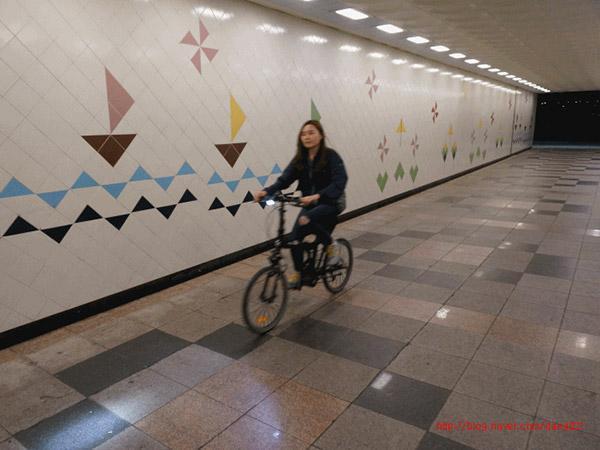 전기자전거와 한강라이딩 너무 씬난다...