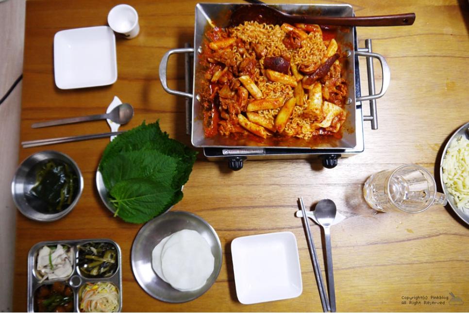 닭갈비쇼핑몰 엔아이식품 매콤함에 더...
