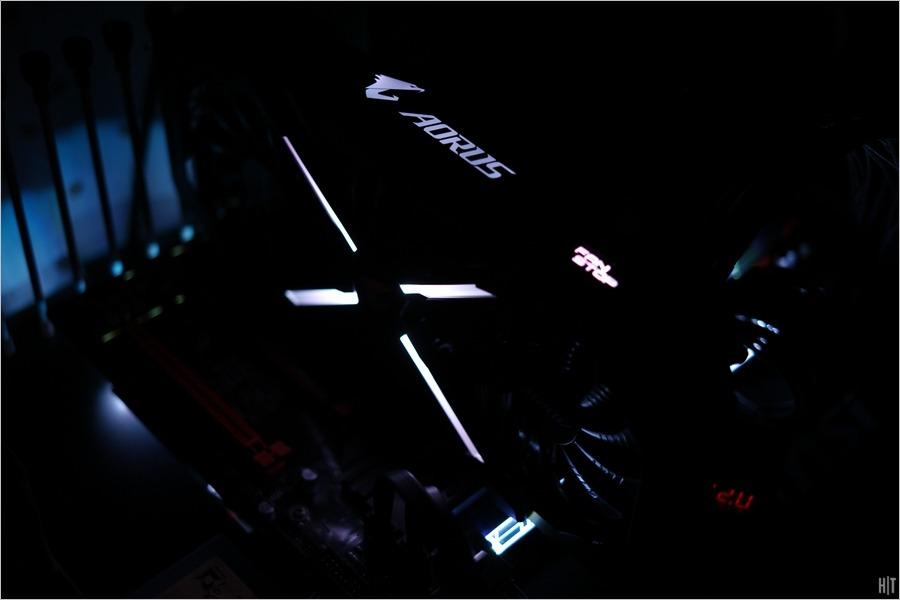 기가바이트 AORUS GeForce GTX 1080 T...