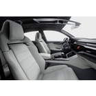 아우디, 고성능 RS Q8 라인업 추가 계획..BMW X6 M와 경쟁