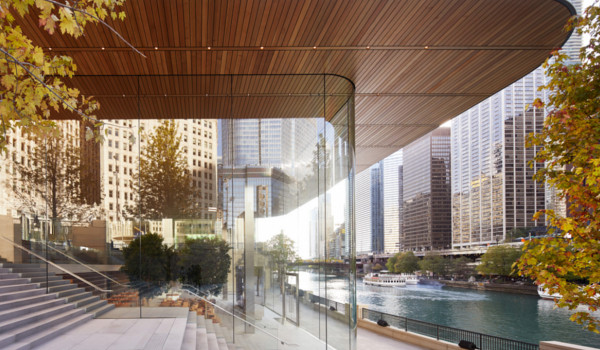 시카고 강변의 새 애플스토어