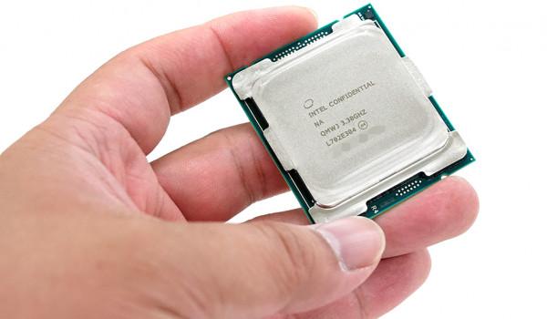 PC용 프로세서 끝판왕 코어 i9