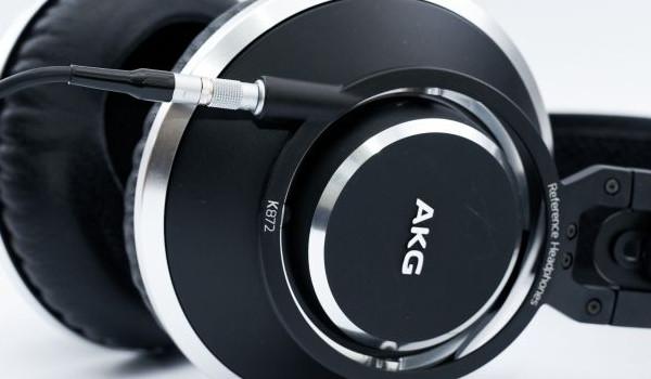 헤드폰 장착형 서브우퍼