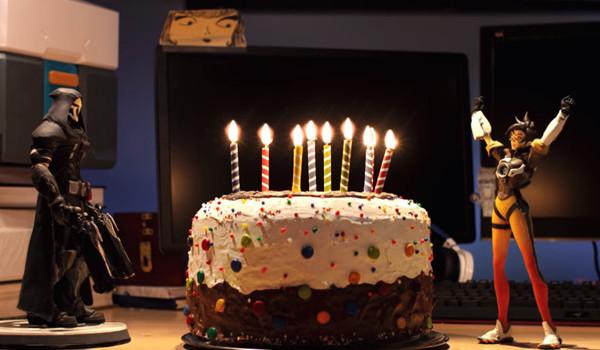 오버워치 2주년 기념 케익!
