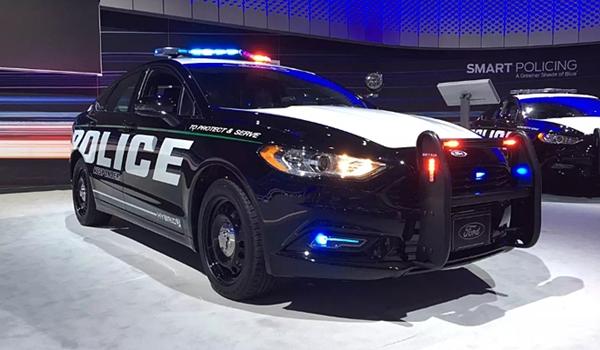 미국에서 가장 빠른 경찰차는?
