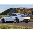 포르쉐, 2025년 전동화차 비율 50%로 늘린다.