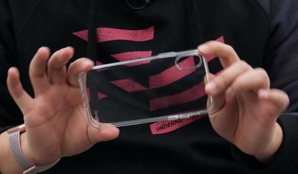 애플 49,000원짜리 투명 케이스