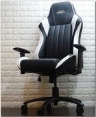장시간 게임에 지친 당신의 휴식처, 제닉스 ARENA-X ZERO WHITE 게이밍 의자