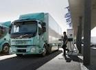 볼보 최초의 EV 트럭, 고객에게 첫 인도