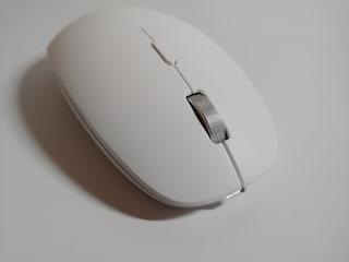 파우트 충전식 저소음 무선 마우스 HANDS4