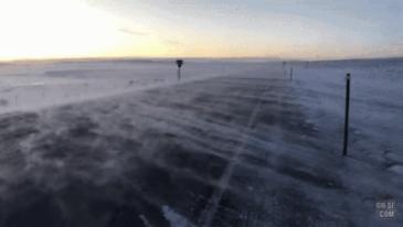 미국 와이오밍주의 겨울 바람