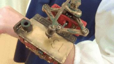 기계식 손목시계