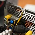 겨울철 유독 심한 정전기는 왜 생길까?  그리고 컴퓨터에서 정전기 사고를 예방하려면 어떻게 해야 할까?