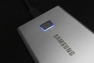 삼성 포터블 SSD T7 터치, 지문인식 NVMe 외장하드 안전성과 빠른 속도까지!
