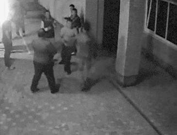 복싱선수 여자를 건드린 조직폭력배