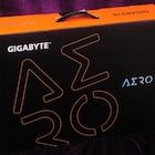 게이머와 크리에이터를 동시에 잡은 GIGABYTE AERO 15X i9 OLED LITE 노트북