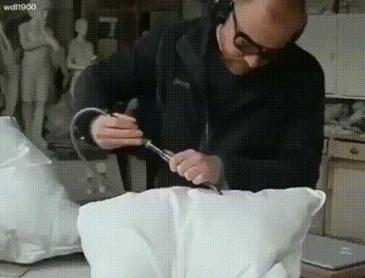 장난치면 큰 일나는 베개