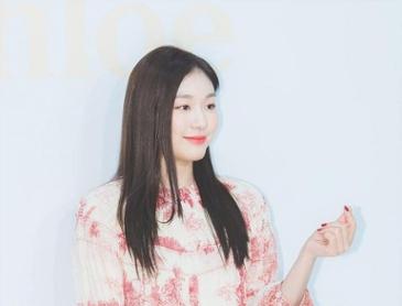 피겨 여왕' 김연아, 올림픽 챔피언 기념 모금 '남몰래 5천만 원 입금