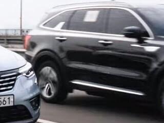 XM3 시승하다 신형 쏘렌토 실물 영접! 실제 도로에서 만나면 이런 느낌! (#영상매우짧음, #둘다디자인예쁨)