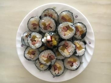주말아침에 먹은 김밥