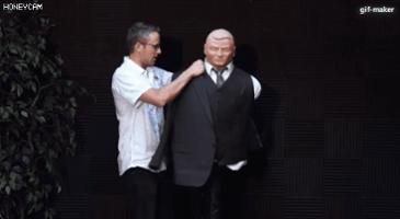 트럼프 양복의 비밀