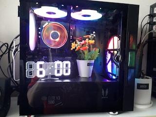 다이소 시계와 화분으로 컴퓨터를 화려하게