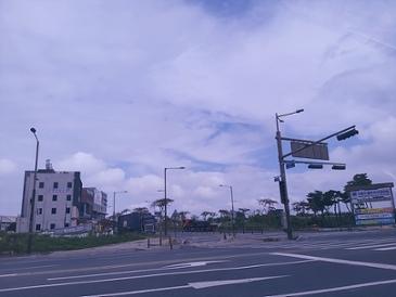 하늘이 너무 이쁘네요.