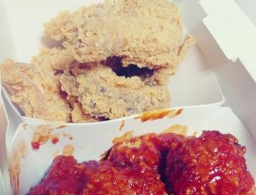 오늘 야식은 치킨입니다!ㅎㅎ