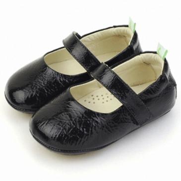 착한 가격 발견/공유함. 팁토이조이 돌리 걸음마 신발(블랙패턴트)