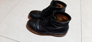 축구선수 데이비드 베컴이 한참 신어 유명했던 줄리안 보웨리 부츠 (Julian bowery boots)