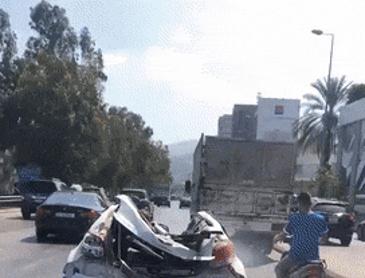 사고난 차량