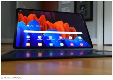 """삼성 갤럭시 탭 S7+ """"하드웨어는 만족, 소프트웨어는 아쉬워"""""""