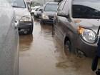 폭우로 차가 물에 잠겼다면..꼭 기억해야 할 포인트는...