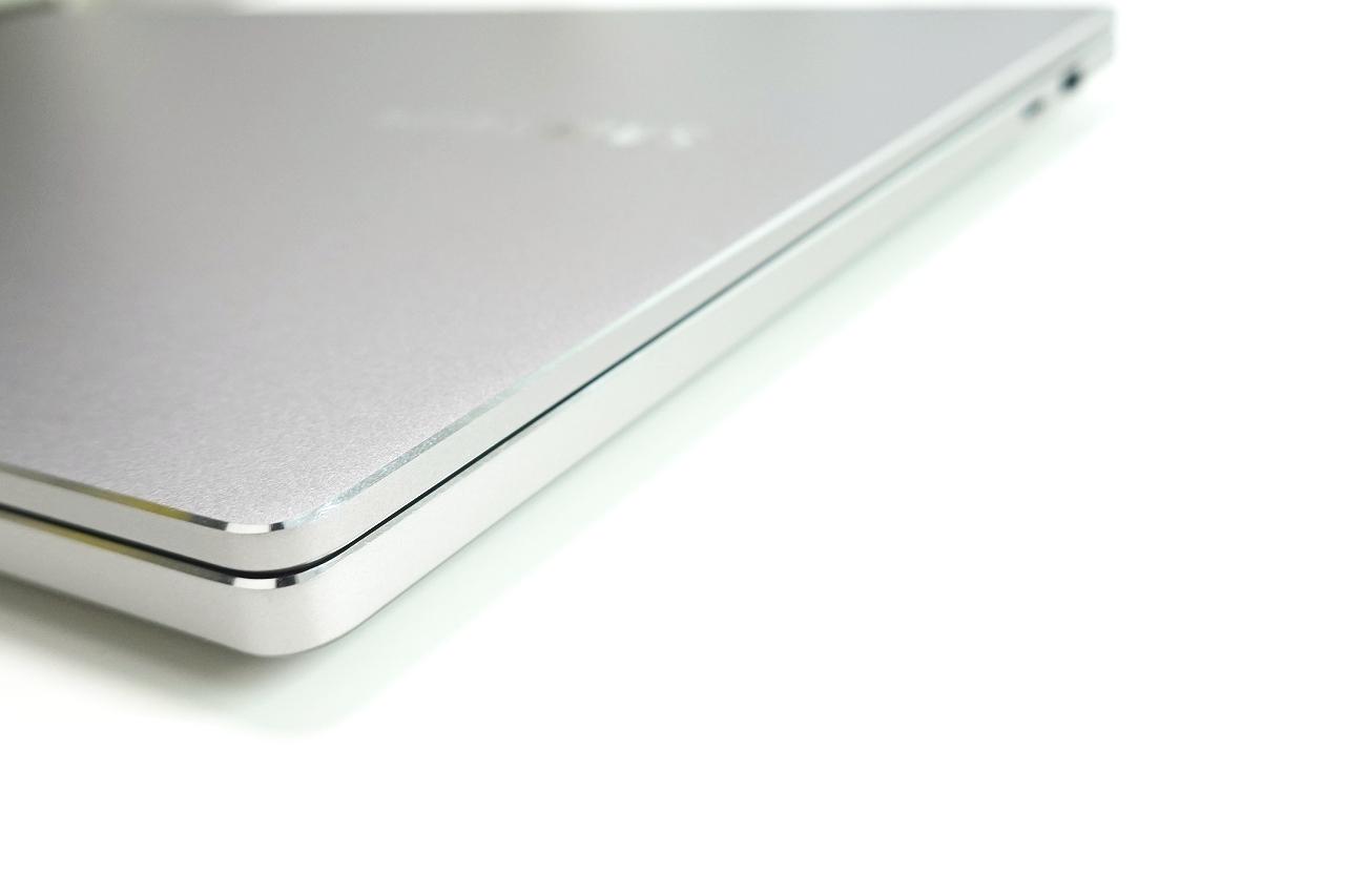 사무용으로 쓰려고 구매한 삼성 노트북 신제품 NT750XBV-G517A