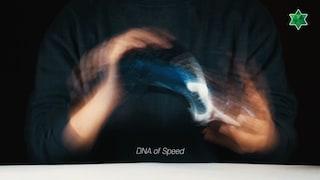 미친 듯한 '스피드 DNA'를 갖고 싶다면!! (★ 4K 화질 가능) 축구화 리뷰