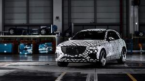 제네시스 GV70 내달 출시 앞두고 가솔린 2종 추가 인증. 스포티함 기대