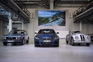 [다크호스 #8] BMW 2세대 4시리즈 쿠페, 그릴만 보면 역대급 존재감