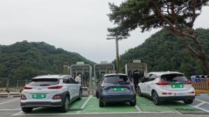 '무공해차' 올해 30만대까지 보급...주유소 수준의 급속충전 환경 조성