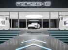 포르쉐 타이칸, 전기 스포츠카로 브랜드 DNA 강화하다.