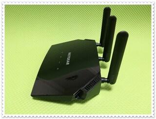 AC2000 지원 최강 가성비 듀얼밴드 와이파이공유기 넷기어 R6850